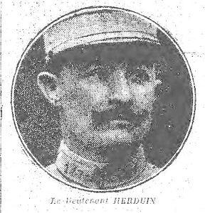 Portrait du lieutenant Herduin dans l'article le concernant, paru à la Une du journal l'Humanité le 30 juillet 1924 sur Gallica.bnf