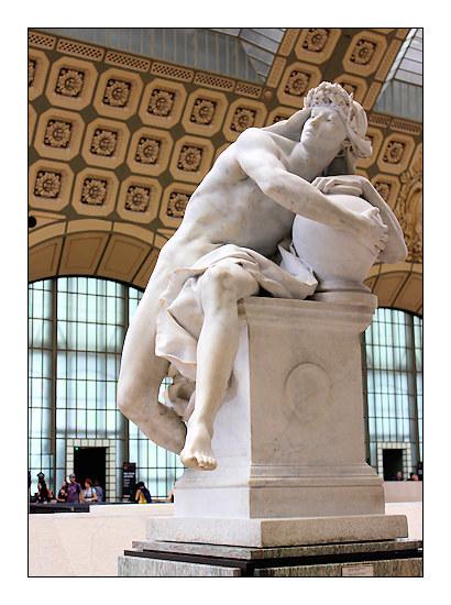Génie gardant le secret de la tombe, musée d'Orsay, marbre, 1879.