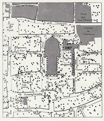 Impact des obus dans le quartier de la cathédrale.