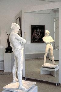 Arlequin, plâtre, exposition 1993, Musée des Beaux-Arts, Reims